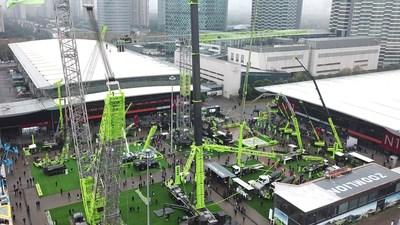 Zoomlion cautiva en la exposición bauma China 2020 con el lanzamiento de maquinaria de construcción inteligente de próxima generación que asegura más de 3 mil millones de dólares en pedidos (PRNewsfoto/Zoomlion)